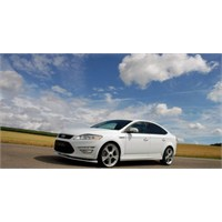 Modifiyeli Ford Mondeo