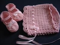 Pembe Bebek Şapkası Ve Kurdeleli Patik Modeli
