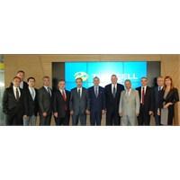 Btk Başkanı Kurul Üyeleri Turkcelli Ziyaret Etti