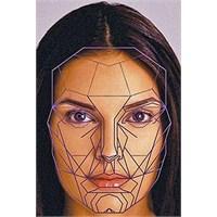 İlişkilerin Süresinde Kadınların Yüz Hatları Etkli