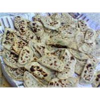 Pratik Tariflerden Ispanaklı Ekmek