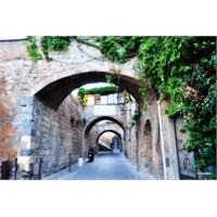 İtalya'nın Küçük Ve Sevimli Kasabası: Orvieta
