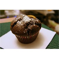 Klasik Çikolatalı Muffin Tarifi
