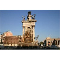 Barselona'nın Önemli Meydanlarından Plaça Espanya
