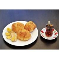 İzmir'de Kahvaltı Etmek..Boyoz..