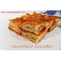 Tavuklu Nefis Tepsi - Alt Üst Böreği