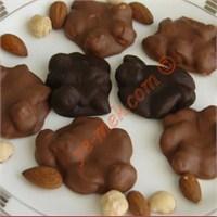 Kuruyemişli Bol Çikolatalı İkramlıklar