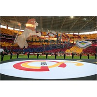 Galatasaray-fenerbahçe Ve Koreografi