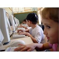 Çocukları İnternetin Zararlı Yönlerinden Korumak