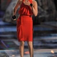 Megan Fox'a Kırmızı Çok Yakışıyor