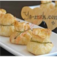 Büzgülü Bohça Böreği (Peynirli)