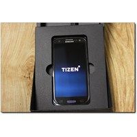 Samsung'un Yeni Tizen'li Cebi Mwc 2014 Fuarında!