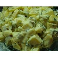 Hardal Soslu Patates Salatası Yapımı