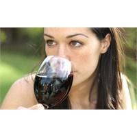 Şarap Meme Kanseri Hastalarının Ömrünü Uzatıyor