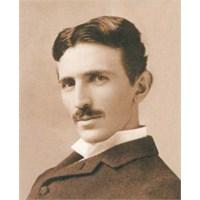 Elektrotanrı Nikola Tesla Kimdir ?
