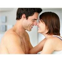 Erkekleri Aşık Etme Yolları Nelerdir ?