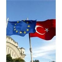 Türkiye, Ab İlerleme Raporunu Yayınladı