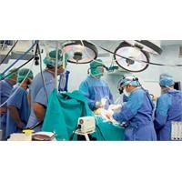 Türkiye Tıpta Merkez Ülke Yabancılara Ders Veriyor