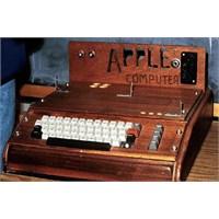 Apple'ın İlk Bilgisayarı Satıldı