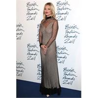 İngiliz Moda Ödülleri Ve Harika! Kıyafetler