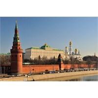 Moskova'da Bir Öğrenci