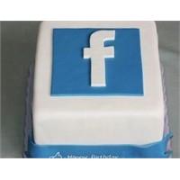 Facebook 8 Yaşında
