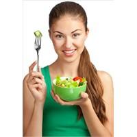 Salatanıza Ekleyin 15 Kilo Zayıflayın