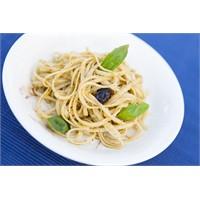 Pesto Soslu Yassı Spagetti