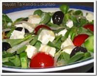 Sezar Soslu Semizotu Salatası