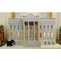Beyaz Saray Yilbaşi Pastasi Ve Dekorasyonu