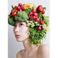 Cilt Güzelliğinizi Artıran Yiyecekler Ve İpuçları