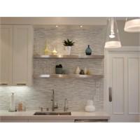 Mutfaklarda Işıklı Raflar
