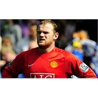 Rooney 9 Yaşındaki Taraftarın Bileğini Kırdı