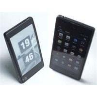 Rus Yota, İki Ekranlı Android Telefon Piyasaya...