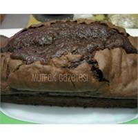 """Çikolata Ve Bademli Kek"""