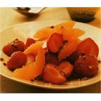 Tropikal Meyve Salatası