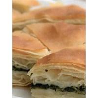 Mutbak: Ispanaklı Açma Börek
