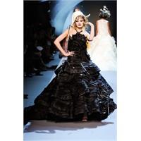 2011-2012 Sonbahar - Kış Christian Dior Defilesi