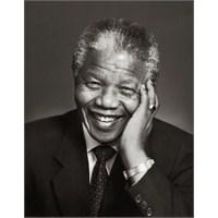 Mandela'nın Filminde Kürtçe Açılımı