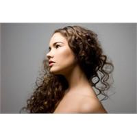 Kıvır Kıvırcık Saçların Güzel Görünmesi Nasıl Olur