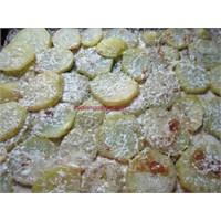 Fırında Yumuşacık Kremalı Patates
