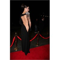Müzik Ödülleri Gecesinde Ünlülerin Kıyafetleri
