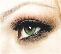 Kirpik Uzatma Yöntemiyle Çarpıcı Gözler