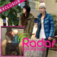 Justin Bieber Ve Selena Gomez Havaalanında Basıldı