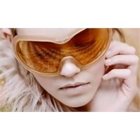 Prada'dan Dev Güneş Gözlükleri