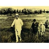 Atatürk Bir Gün Gizlice Köşkten Kaçtı