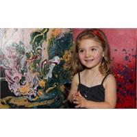 5 Yaşında Aelita Andre Resimleriyle Zengin Oldu..