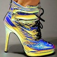Holografik Moda Trendi!
