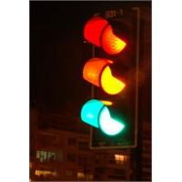 Trafik Lambası Neden Kırmızı Sarı Yeşil?