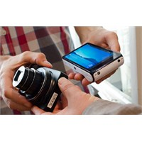 Samsung Galaxy Camera Geliyor!